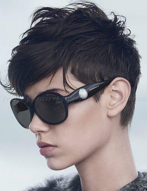 Lengthened pixie hairstyles